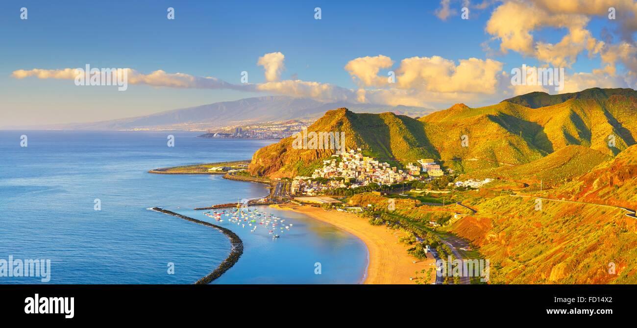 Teneriffa - Panoramablick Teresitas-Strand und San Andres, Kanarische Inseln, Spanien Stockbild