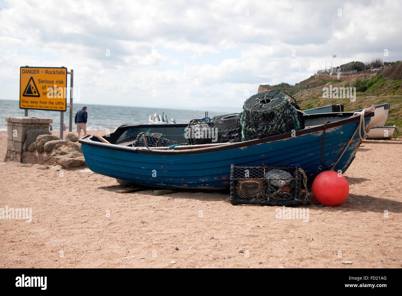 Hummer-Fischerboot, Burton Bradstock Strand Stockbild
