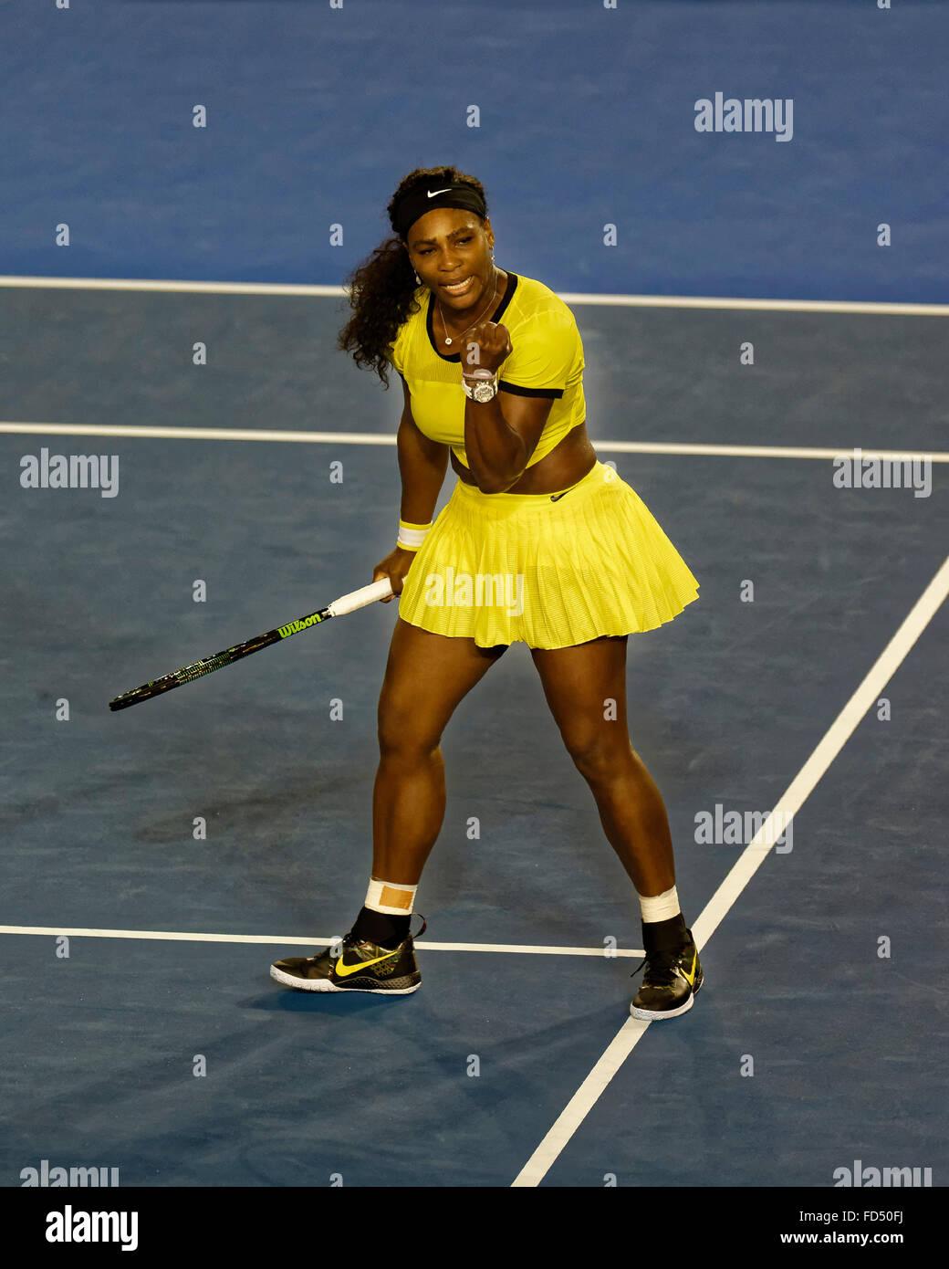Melbourne, Australien. 28. Januar 2016. Serena Williams (USA) in Aktion gegen Agnleszka Radwanska (POL), während Stockfoto