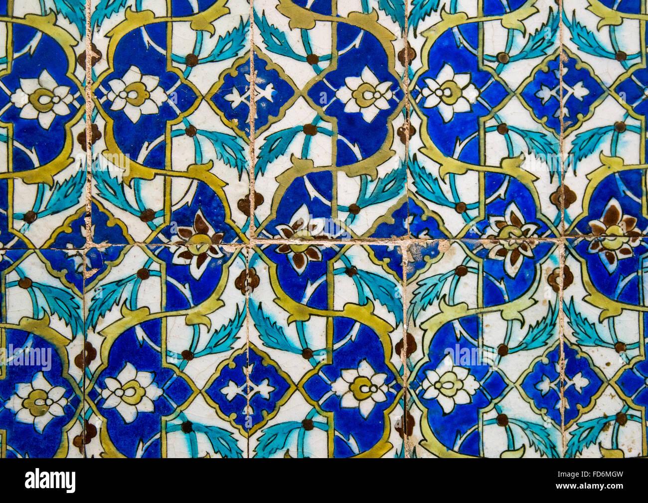 mosaik muster mit keramischen fliesen im ganjali khan hammam central county kerman iran - Mosaik Muster