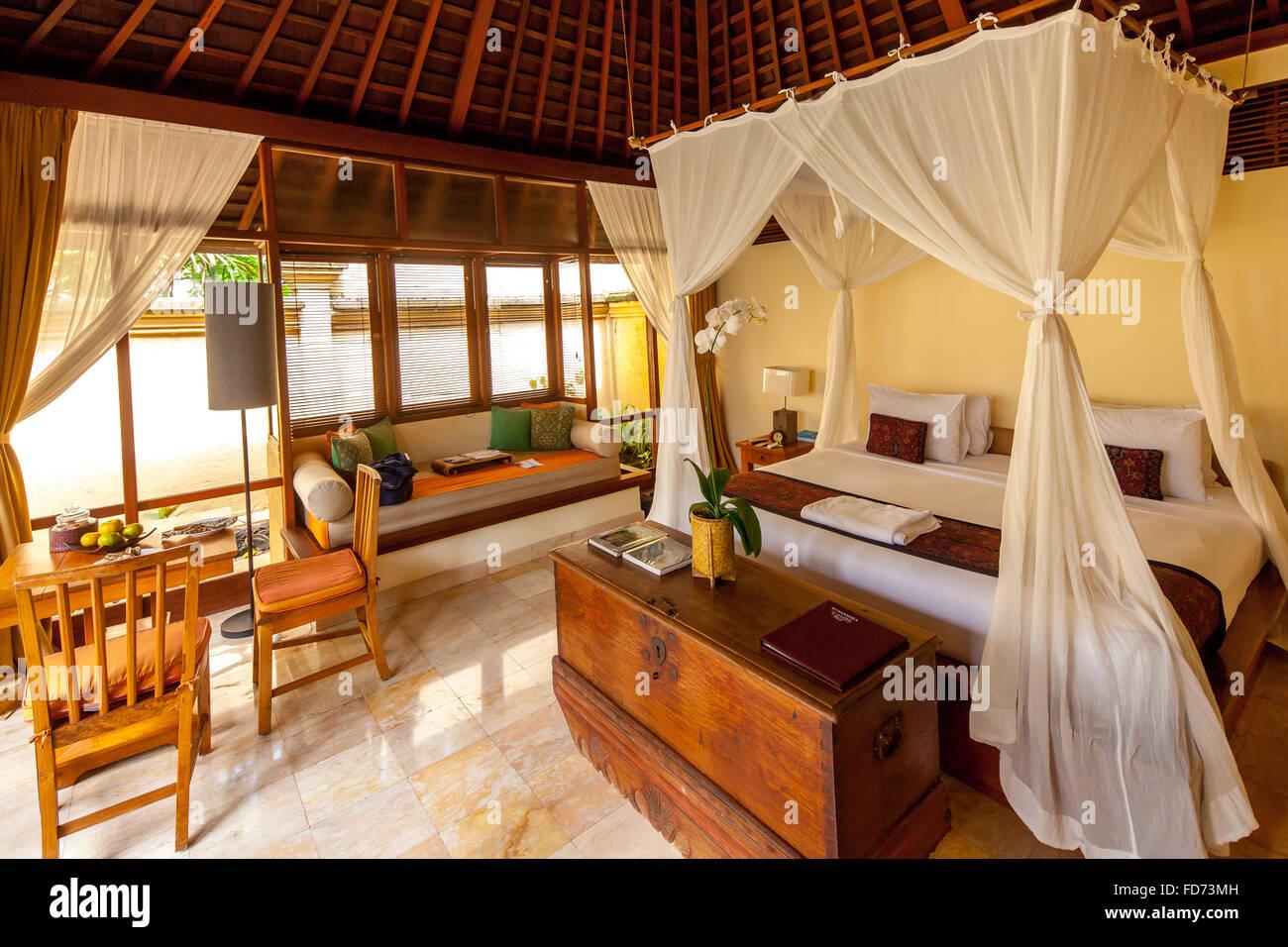 Hotelzimmer mit Himmelbett, Tourismus, Reisen, Ubud, Bali, Indonesien, Asien Stockbild