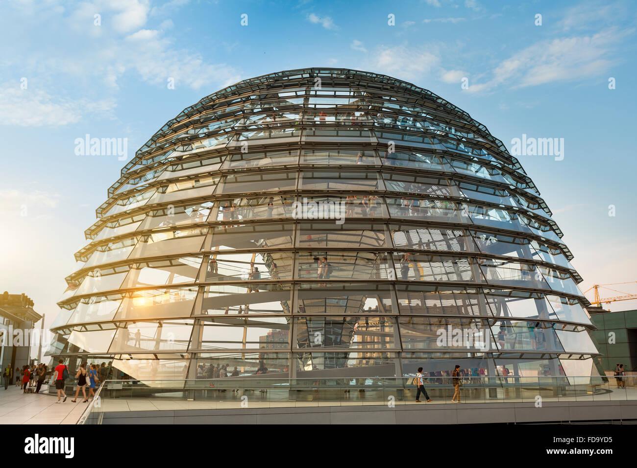 Europa, Deutschland, Berlin, Fosters Kuppel des Reichstagsgebäudes Stockbild