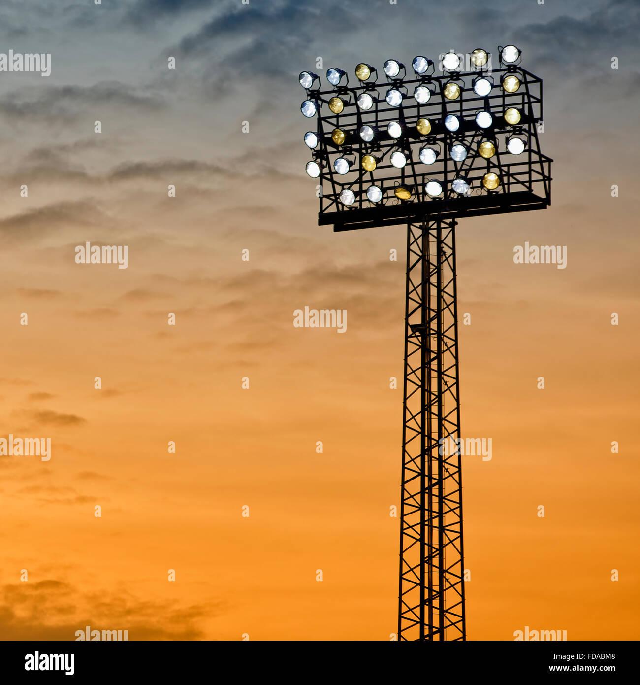 Bild vom Stadion oder Arena Unterwasserscheinwerfer Beleuchtung. Stockbild