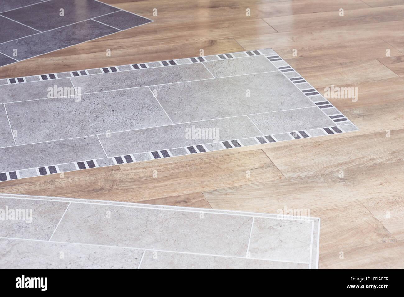 holz-laminat und fliesen auf dem fußboden ein innenarchitektur