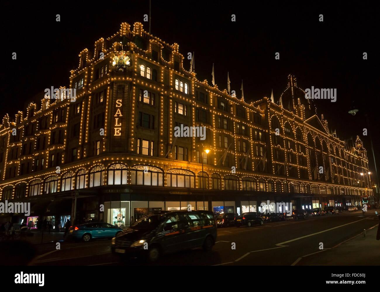 Harrods. Die legendäre Luxus-Kaufhaus, befindet sich im Zentrum von London Knightsbridge. Stockbild