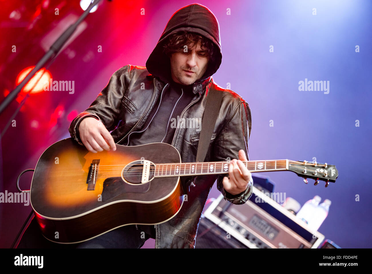 Robert Levon wurde der Black Rebel Motorcycle Club in Squamish Valley Music Festival in BC am 8. August 2015 Stockbild