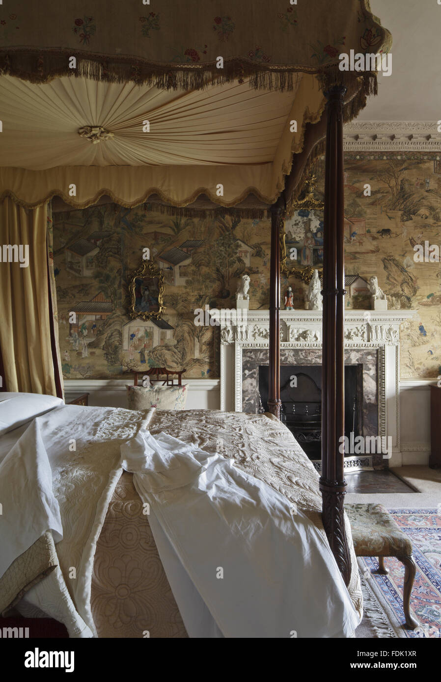 """Die chinesischen Chippendale Schlafzimmer im Saltram, Devon. Die Seidentapete ist eine """"Fabrik ..."""