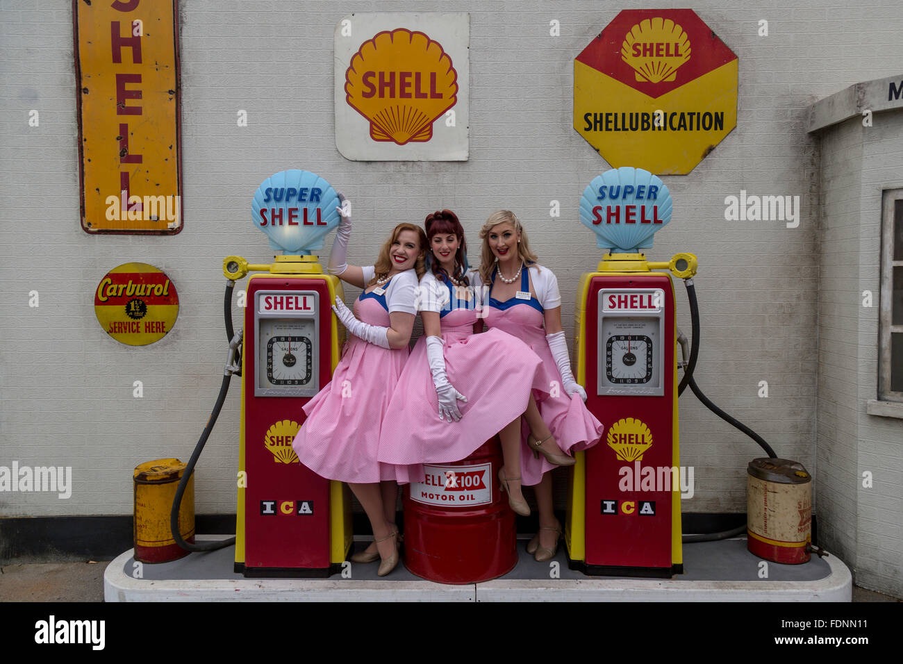 Die Candy Girls beim Goodwood Revival Stockbild