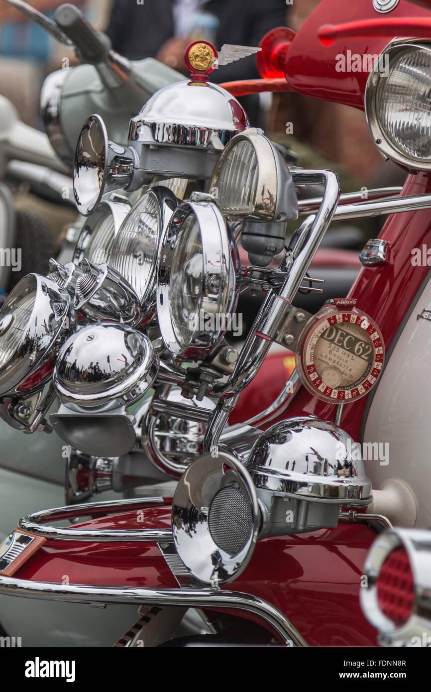 Ein sehr Blingey Lambretta beim Goodwood Revival Stockbild