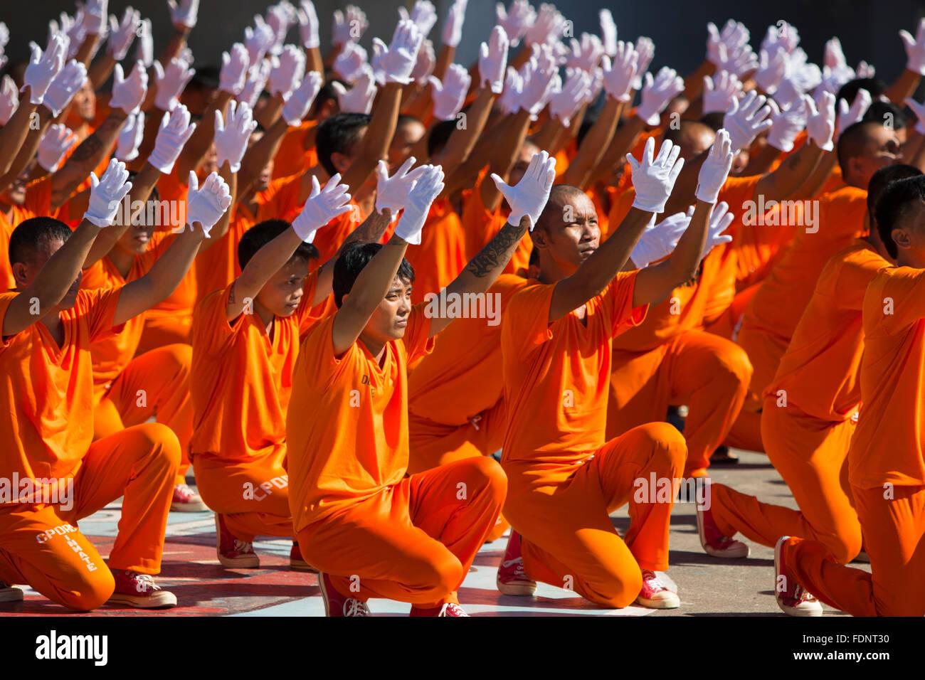 Tanzen Insassen des Cebu Provincial Detention and Rehabilitation Center, Cebu City, Philippinen Stockbild
