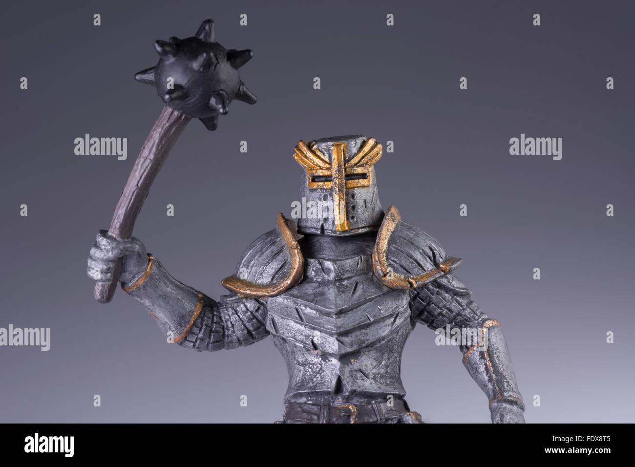 Spielzeug Ritter - als visuelle Metapher für das Konzept der bösartige Malware-Angriff, Server-Leugnung, Stockbild
