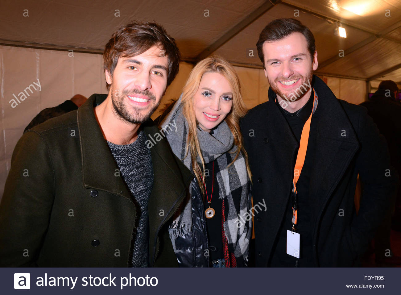 silvester am brandenburger tor mit max giesinger alexa feser daniel grunenberg. Black Bedroom Furniture Sets. Home Design Ideas