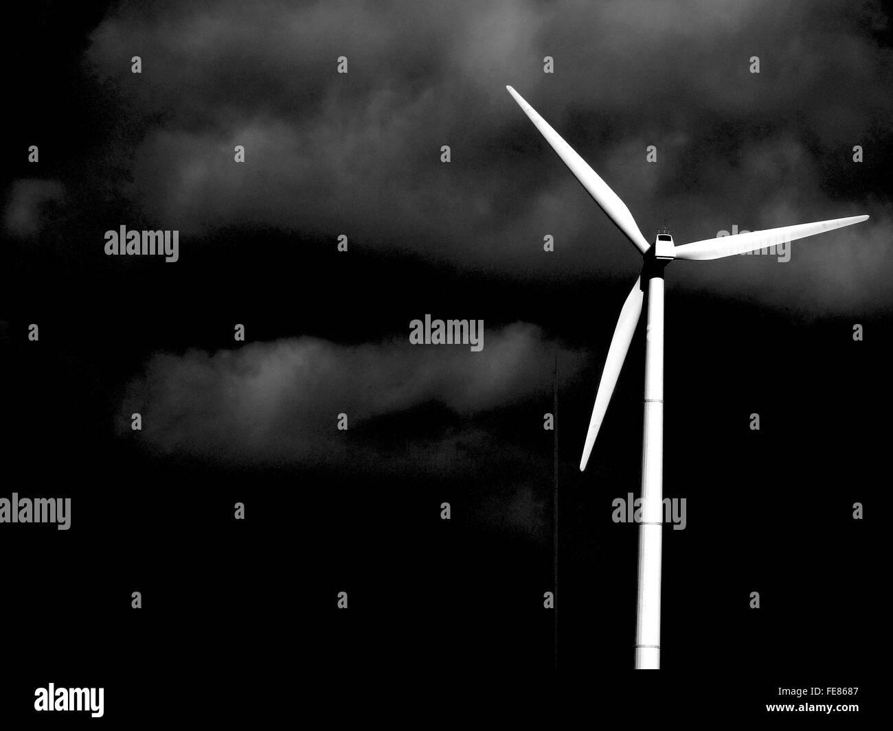 Windmühle gegen Himmel Stockbild