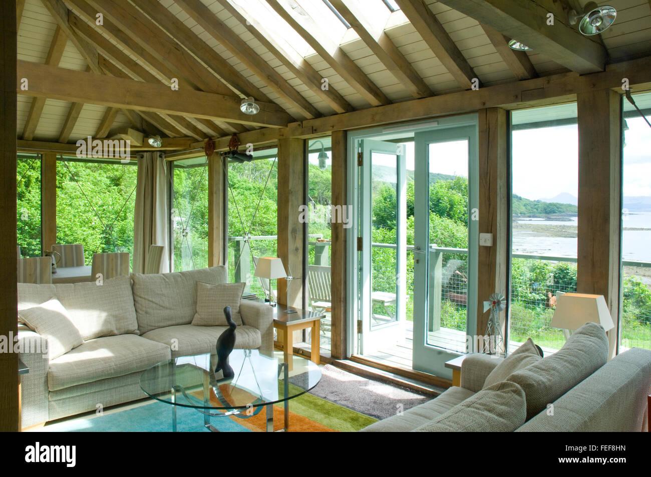 Wohnzimmer Komfortabel Gewolbte Wohnen Decke Holz Verglasungen