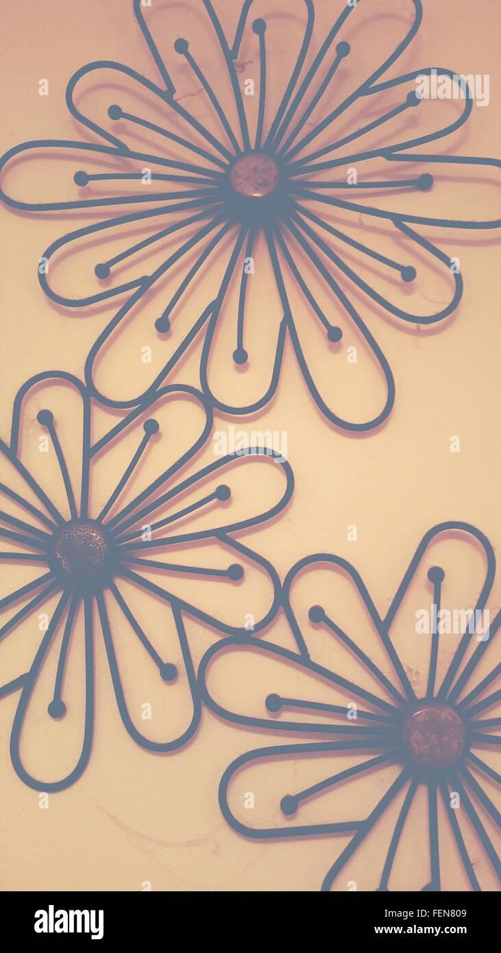 Florale Muster auf der Wand Stockbild
