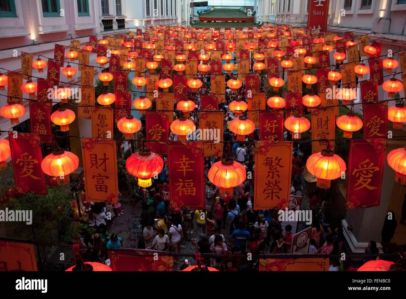 Philippinen. 8. Februar 2016. Chinesische Lanters Leuchten wie ...
