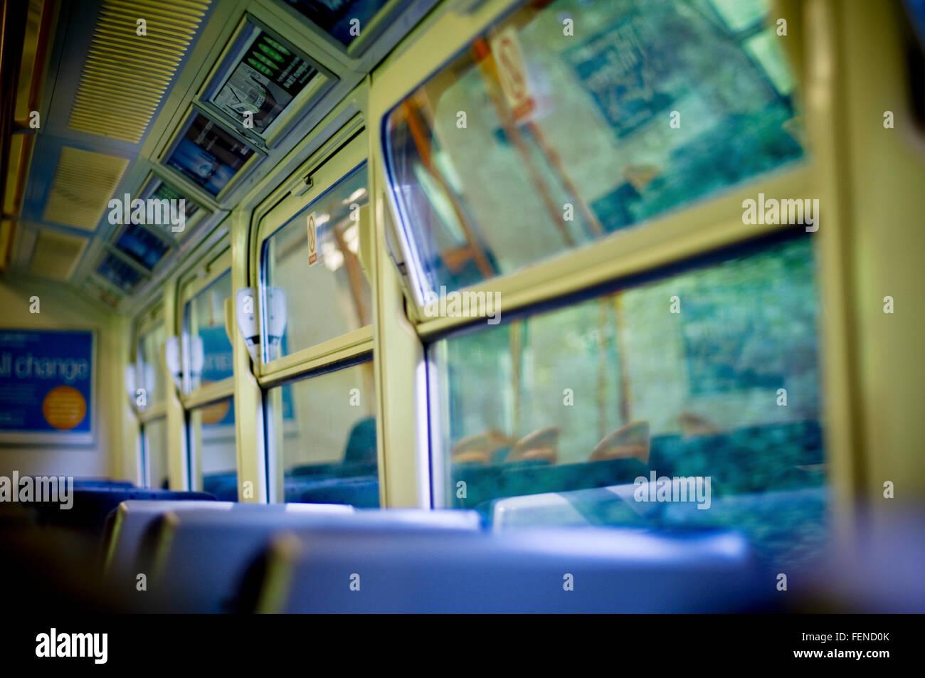 Innenraum des Zuges Stockbild