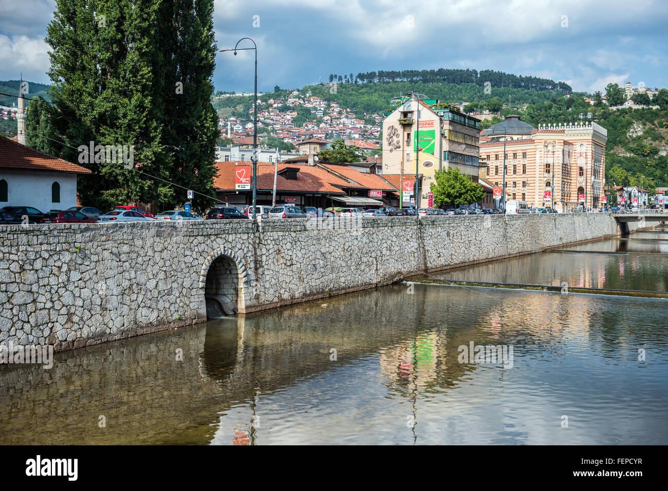 city hall sarajevo bosnia stockfotos city hall sarajevo bosnia bilder alamy. Black Bedroom Furniture Sets. Home Design Ideas