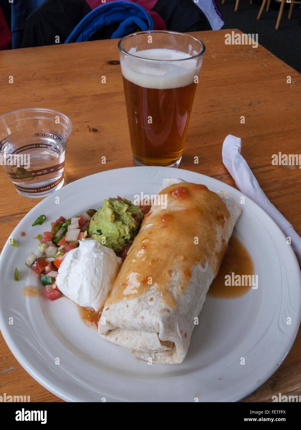 Burrito Bar Stockfotos & Burrito Bar Bilder - Alamy