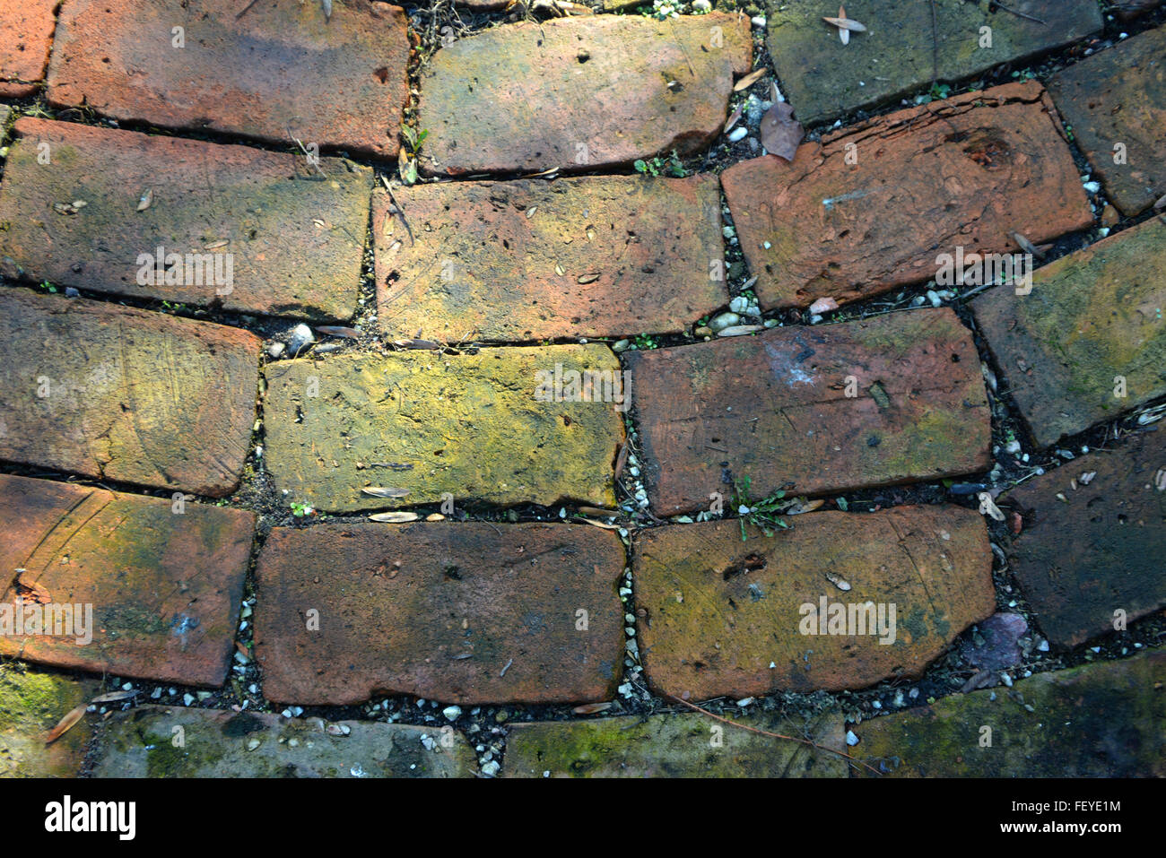 Fußboden Aus Alten Weinfässern ~ Fußboden aus alten ziegelsteinen » fußbodenaufbau verlegung alter