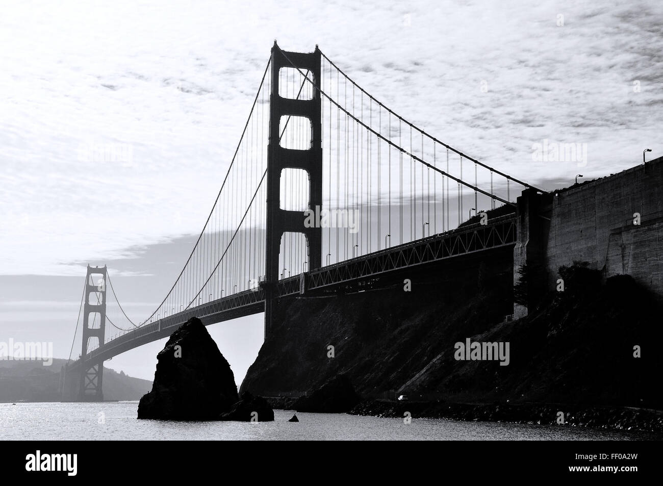 Golden Gate Bridge Monochrom Golden Gate Bridge Monochrom Stockbild