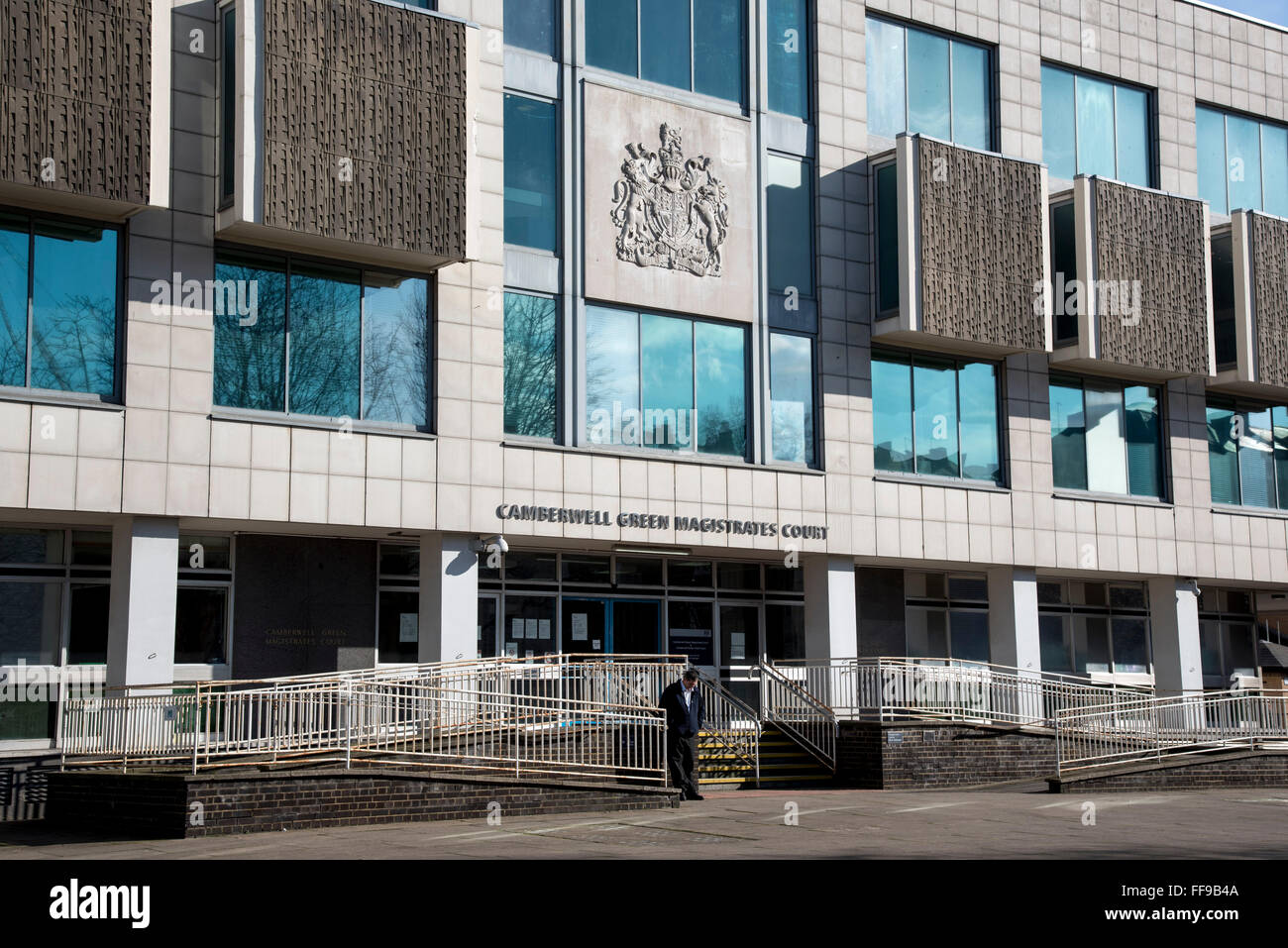 Camberwell Green Magistrates Court GV-Eingang Stockbild