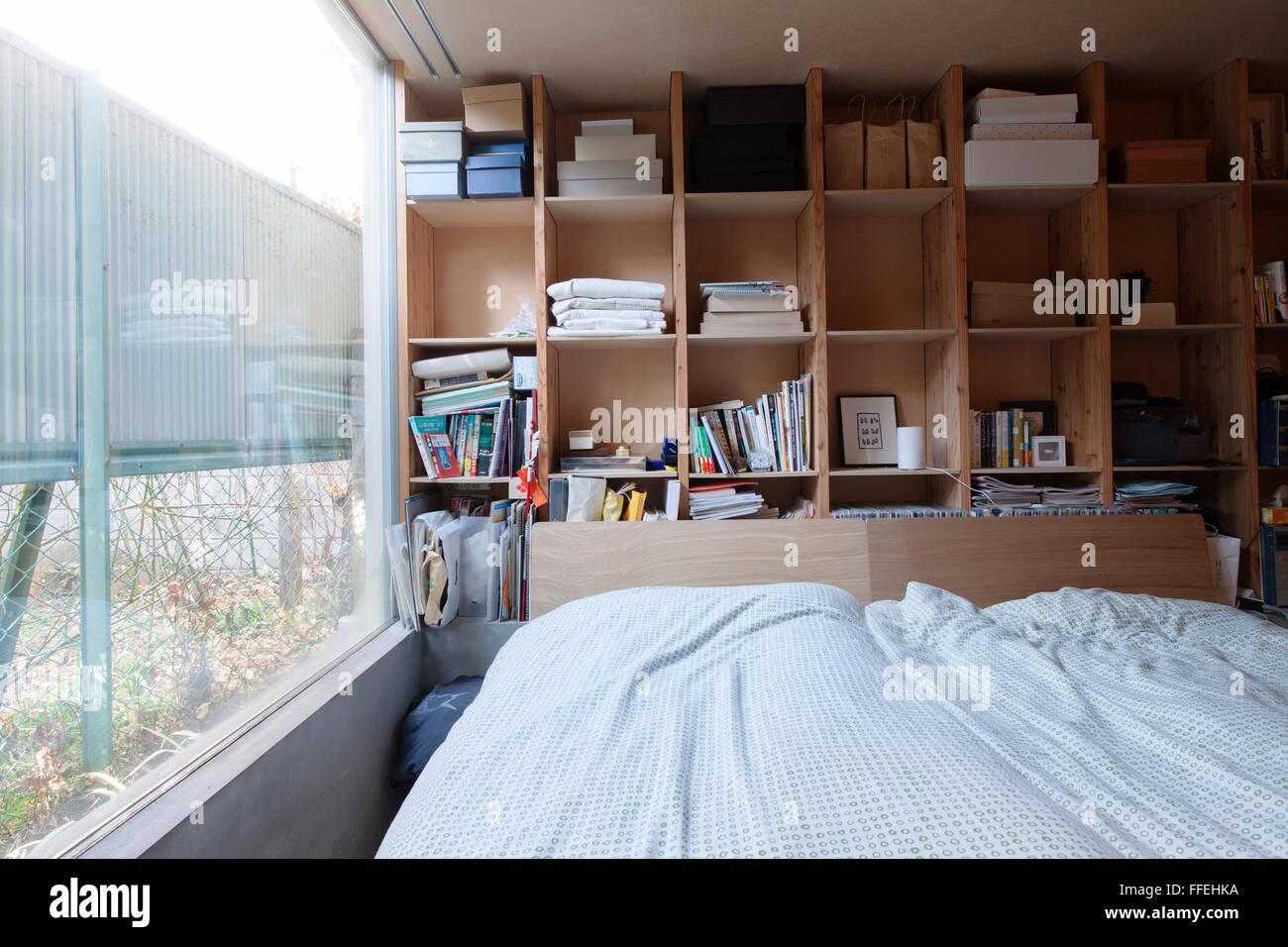Chaotisch japanische Schlafzimmer in ein zeitgenössisches Zuhause ...