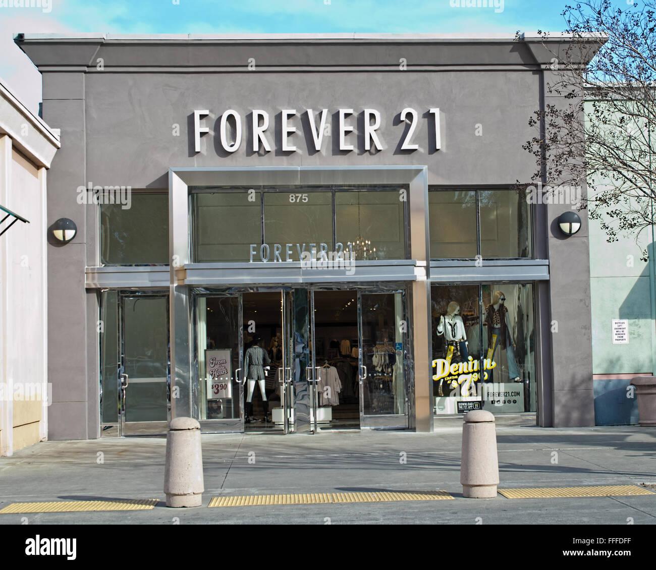 Forever 21 Shop Front Stockfotos Forever 21 Shop Front Bilder Alamy