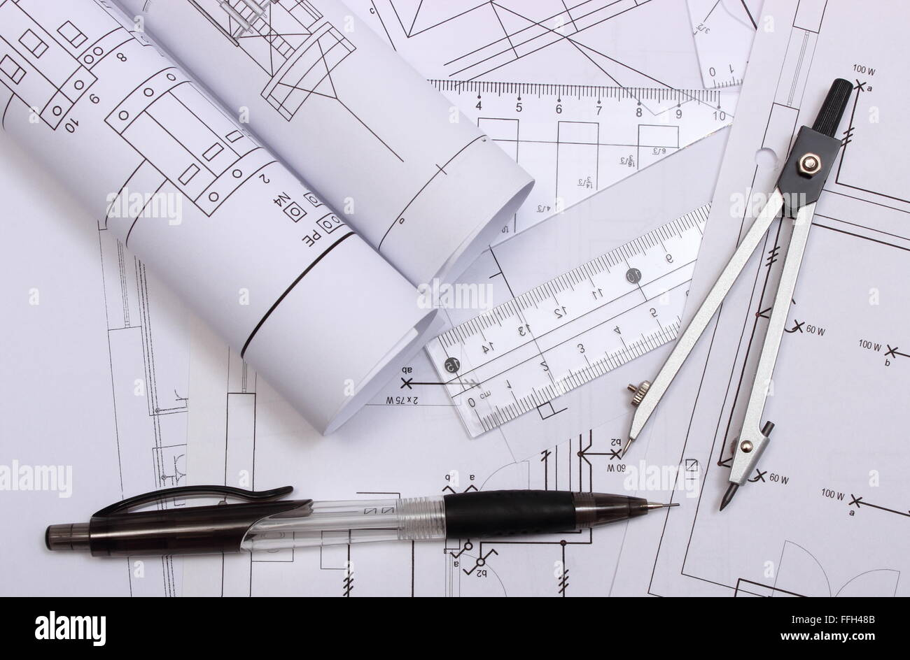 Großzügig Stromlaufplan Eines Hauses Fotos   Der Schaltplan   Greigo.com