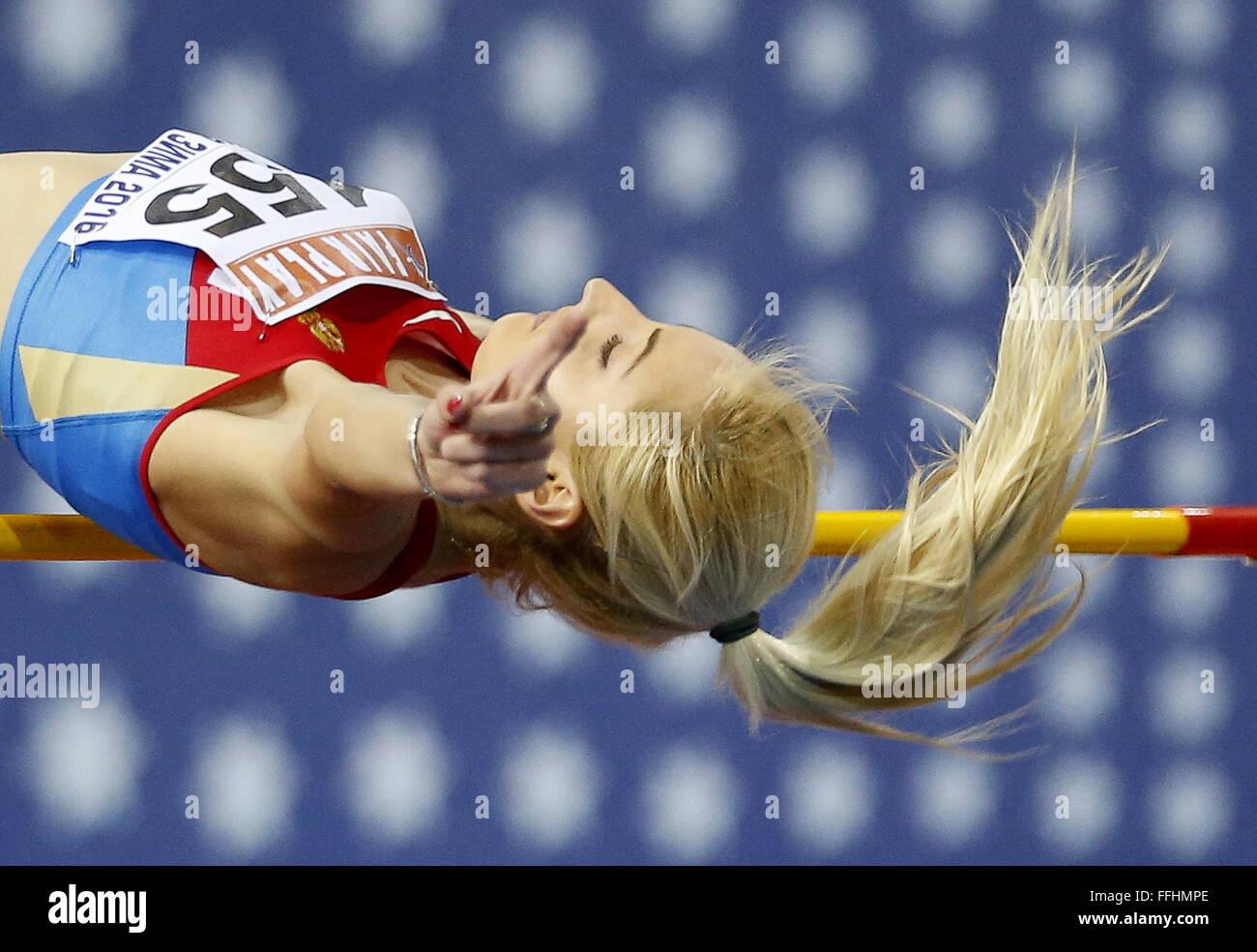 Moskau, Russland. 14. Februar 2016. Yekaterina Fedotova Russlands konkurriert in der Frauen-Hochsprung-Veranstaltung Stockbild