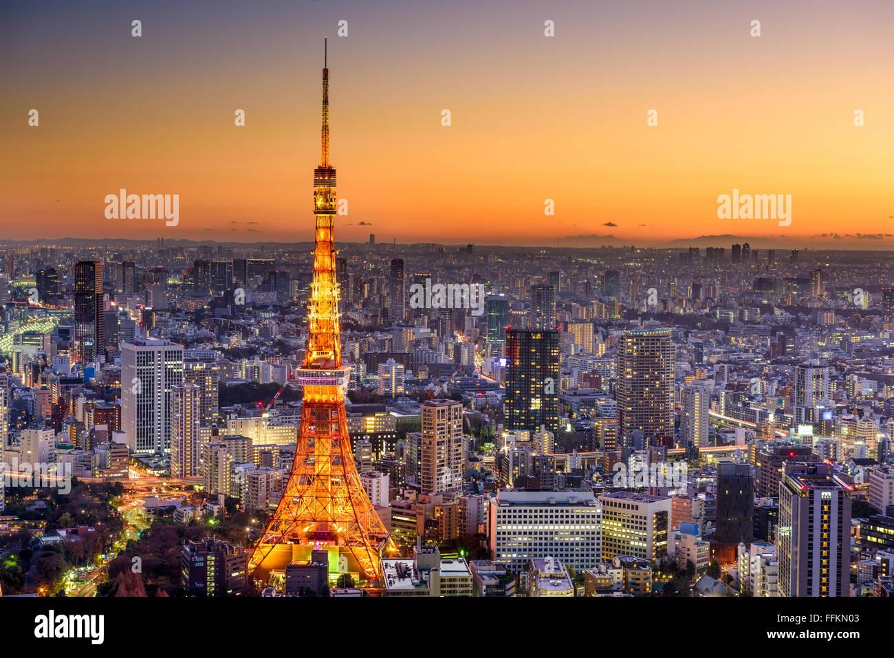 Tokyo, Japan Stadt Skyline in der Abenddämmerung. Stockfoto