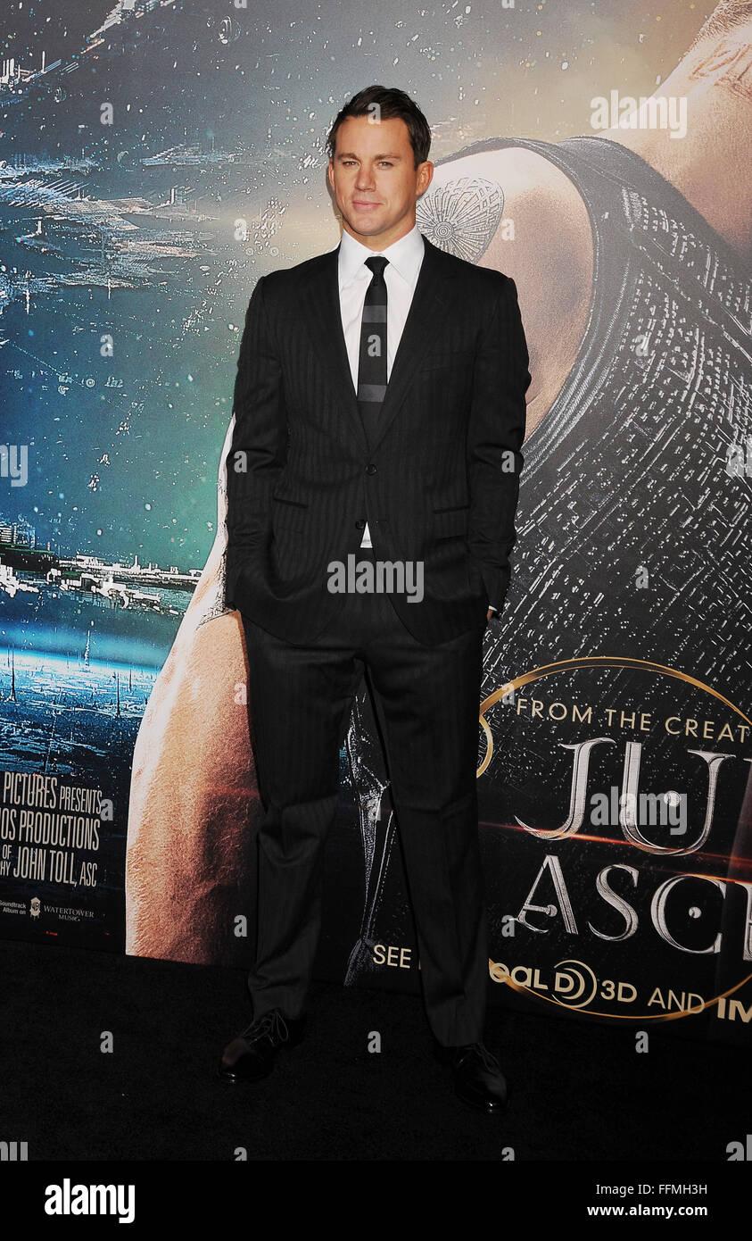 """Schauspieler Channing Tatum gelangt zur """"Jupiter Aufsteigend' Los Angeles Premiere auf TCL Chinese Theatre Stockbild"""