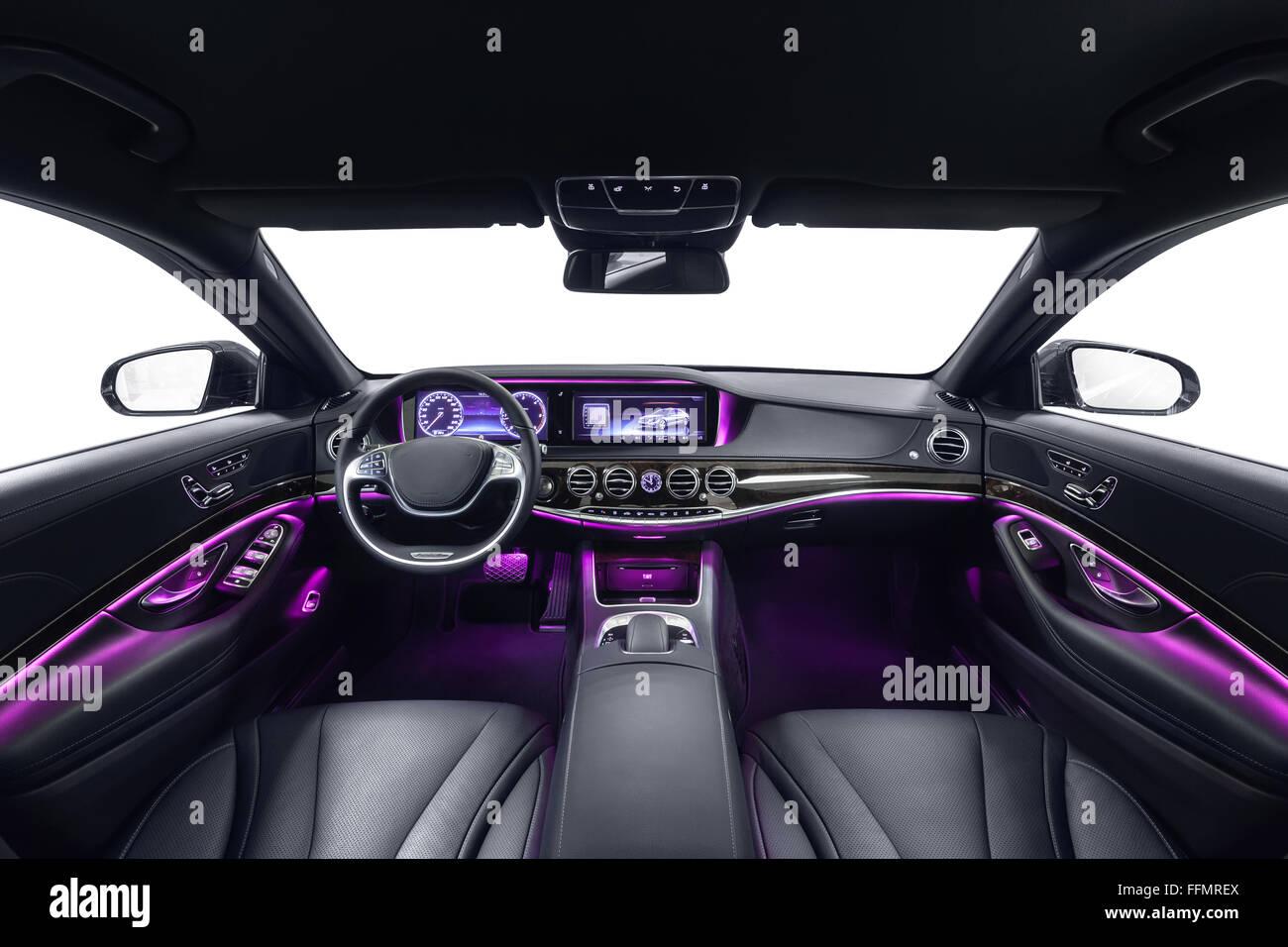 https://c8.alamy.com/compde/ffmrex/auto-innenraum-schwarz-komfortsitze-mit-violetten-umgebungslicht-komfortablen-modernen-salon-reinigung-und-auto-service-details-ffmrex.jpg