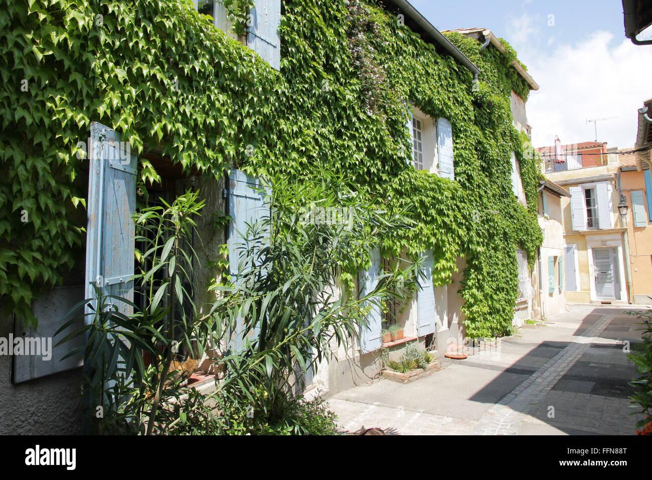 Geographie/reisen, Frankreich, Arles, Gasse in der Altstadt, Additional-Rights - Clearance-Info - Not-Available Stockbild