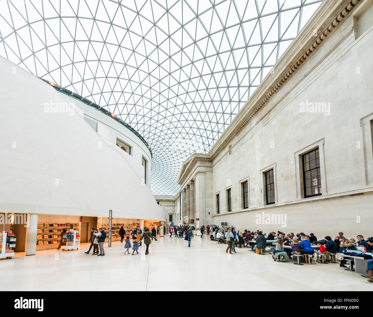 Der Great Court im British Museum, Bloomsbury, London, England, UK Stockbild