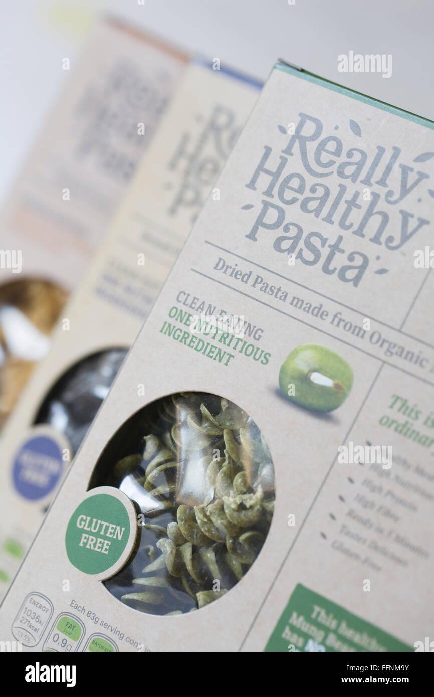 Wirklich gesunde Pasta. Eine Auswahl an alternativen Pasta. Stockbild