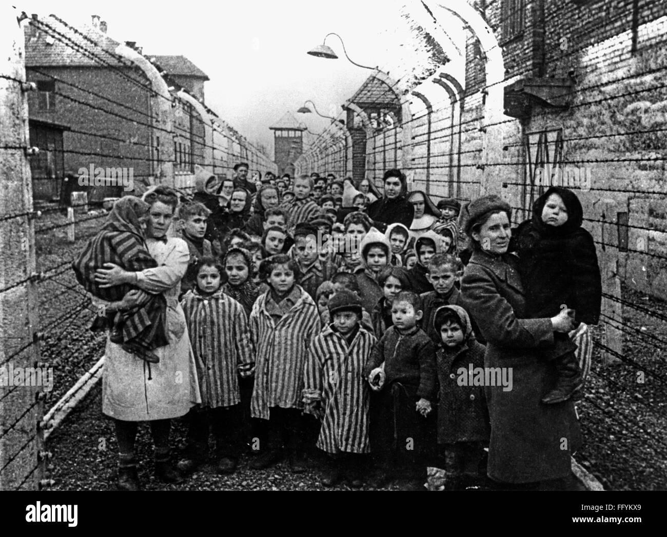 auschwitz concentration camp children stockfotos & auschwitz