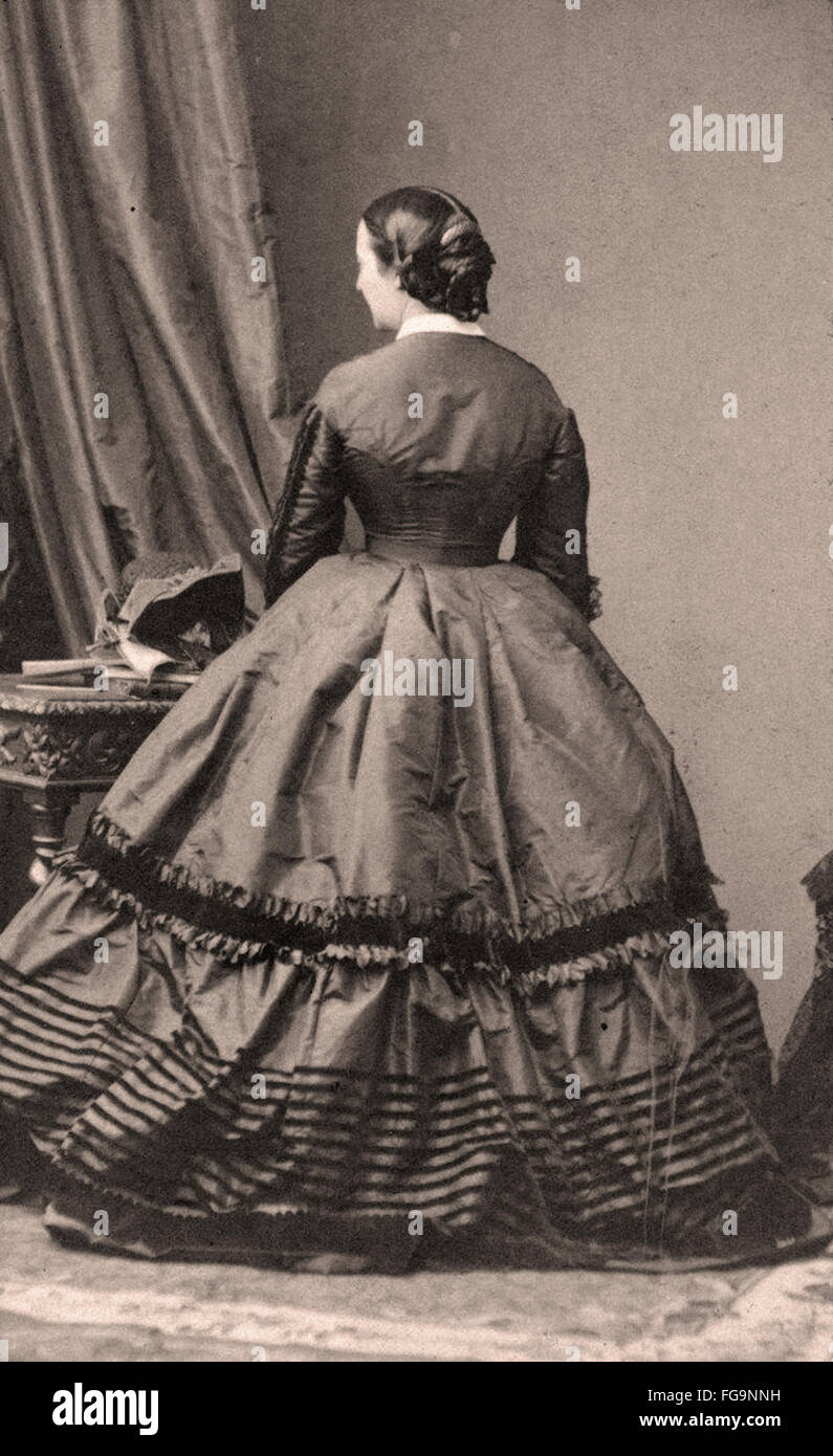 Viktorianisches Kleid Stockfotos & Viktorianisches Kleid