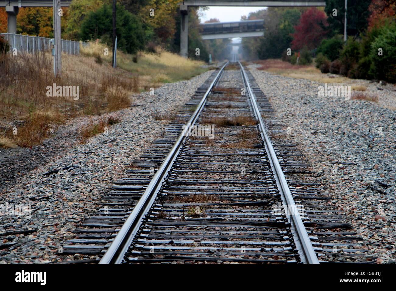 Blick auf Bahngleis Stockbild