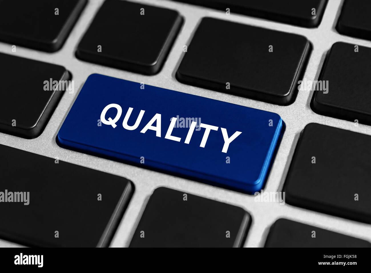 beste Qualität-Taste auf Tastatur, Business-Konzept Stockbild