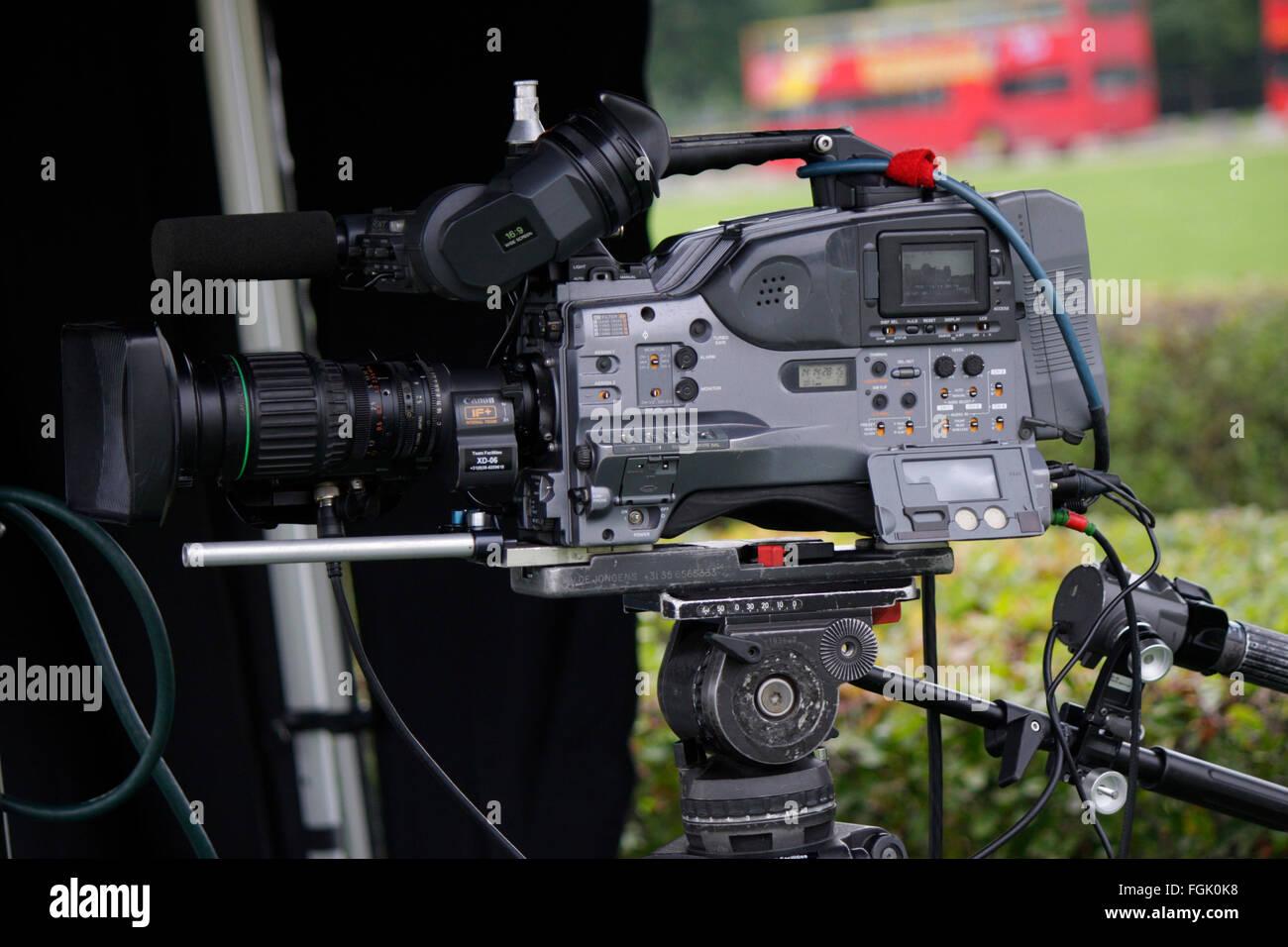 mit Fernsehkamera, Berlin. Stockbild