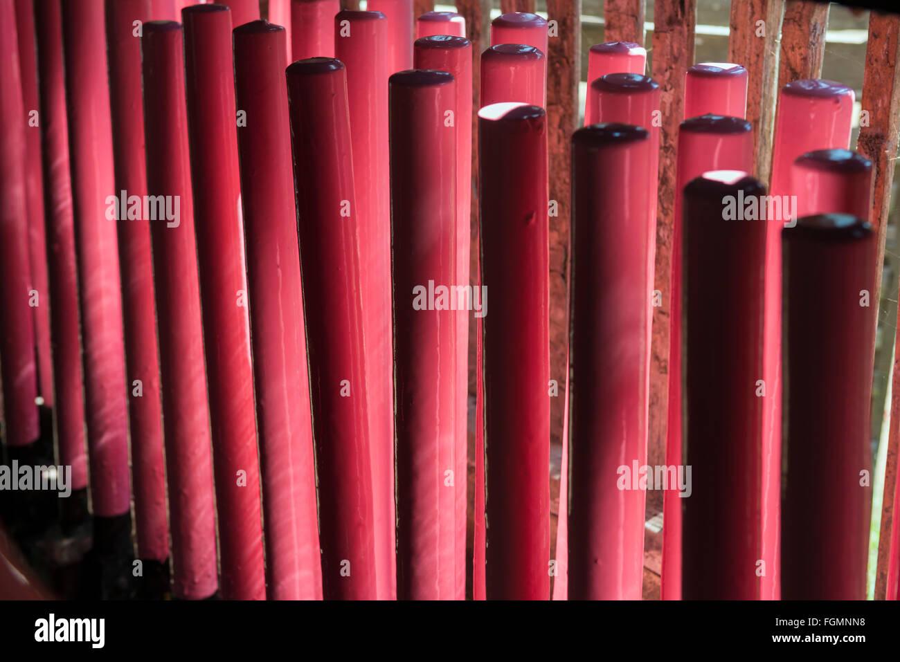 Gummiband-Produktion. Bilu Kyun, Birma Stockfoto