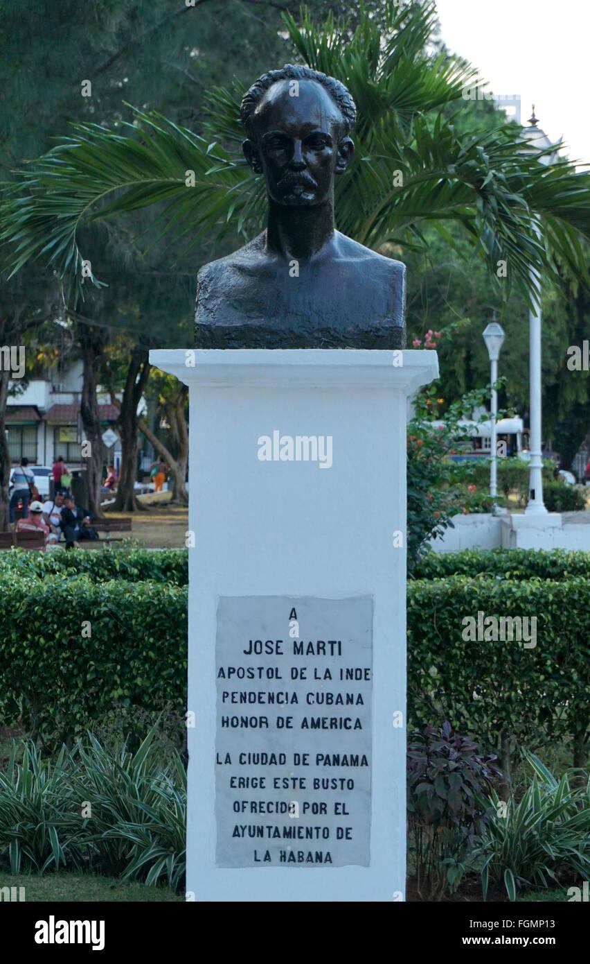 Statue der José Martí einem kubanischen Nationalhelden in Mittelamerika von Panama-Stadt Stockbild