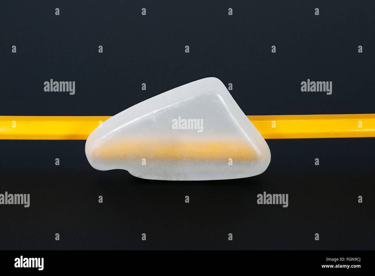 Demonstriert die optischen Eigenschaften der Ulexite Stockbild