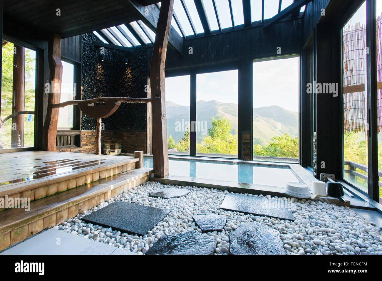 Die privaten japanischen onsen b der in manzansou ryokan - Ryokan tokyo with private bathroom ...