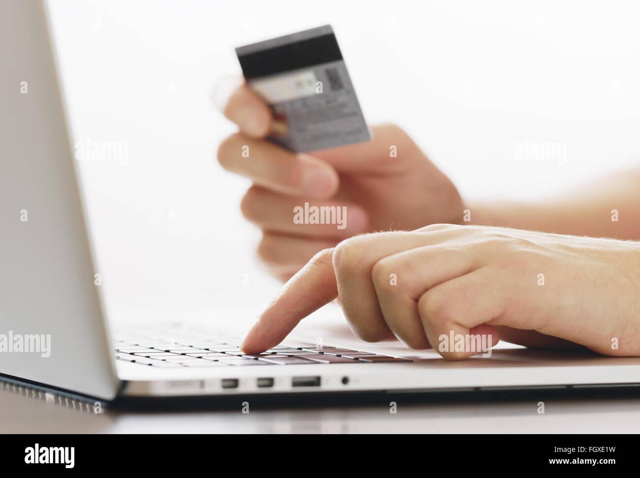 Online Shopping Risk Stockfotos & Online Shopping Risk Bilder - Alamy