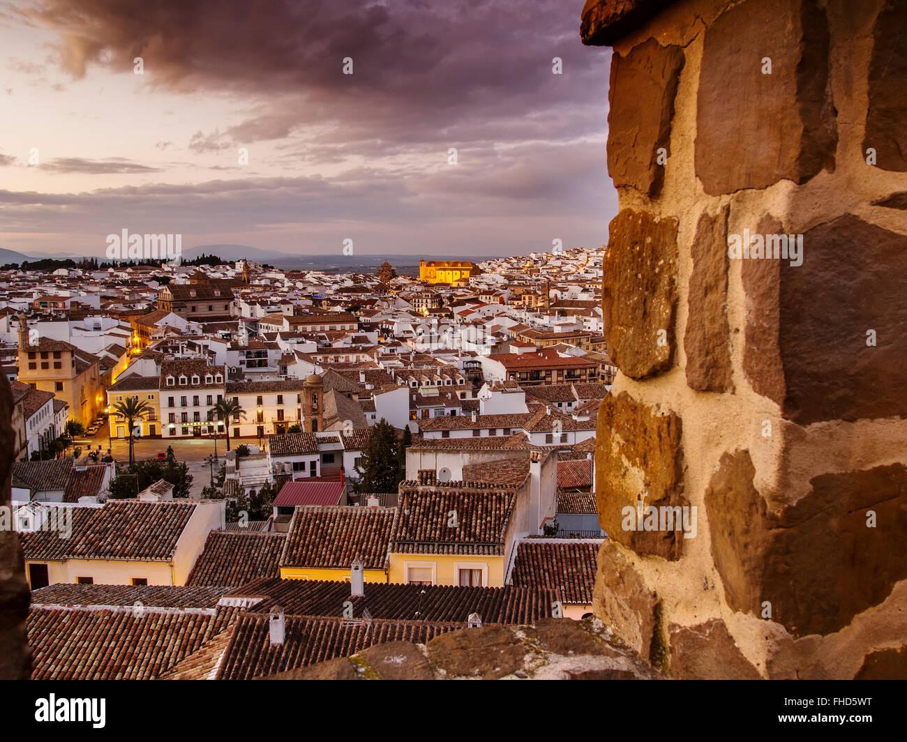 Sonnenuntergang, monumentale Stadt Antequera, Provinz Malaga. Andalusien Südspanien Stockbild