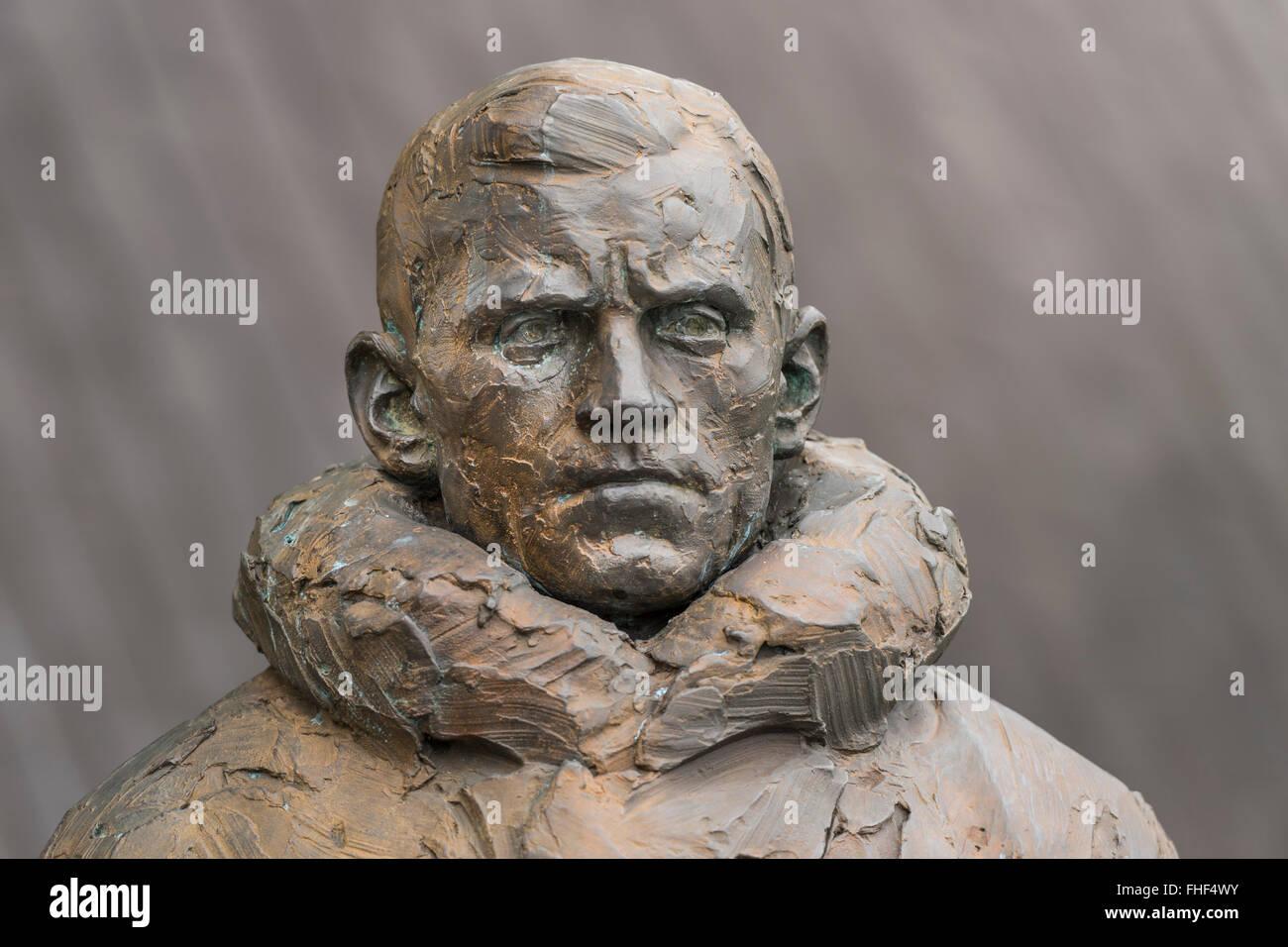 Skulptur der Polarforscher Helmer Hanssen, Mitglied der norwegischen Südpol Antarktis-Expedition, in der Nähe Stockbild
