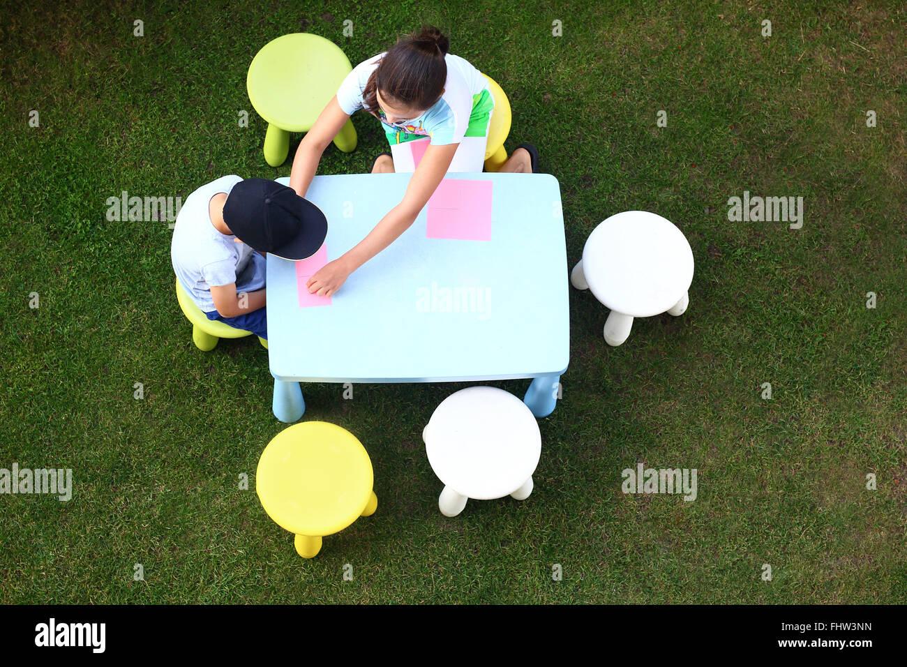 Activities stockfotos activities bilder alamy - Garten zeichnen ...