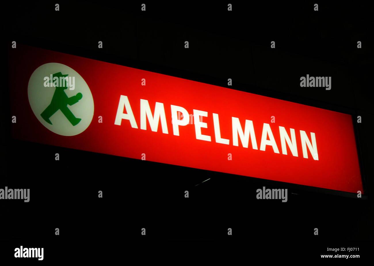 """Markenname: """"Ampelmann"""", Berlin. Stockfoto"""
